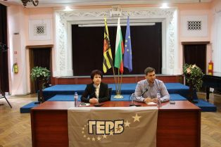 Андрей Новаков пред  транспортния бранш в Перник: Ако получа доверието на хората, българския транспортен бранш ще има офис в ЕП