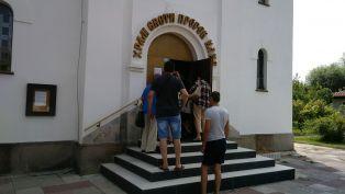 Само в Глашатай: Църковни служители опитаха да помрачат празника на миряните