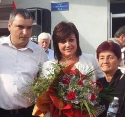 Корнелия Нинова в Перник:  Първанов и Калфин не могат да бъдат кандидати на Левицата