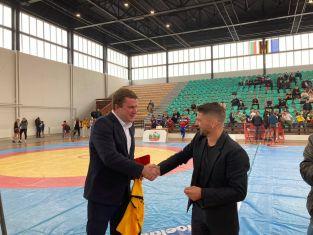 Откриха международен турнир по борба под патронажа на кмета Владимиров