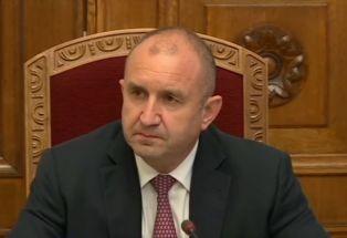 Консултациите при Радев 2:Нинова готова за мандат, Иванов: народът не иска да му връщаме топката
