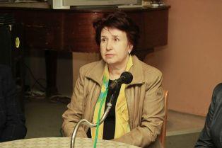 Кандидатът за кмет от ГЕРБ Вяра Церовска се срещна с дейци на културата. Представи листата за съветници пред служители от две фирми /снимки/