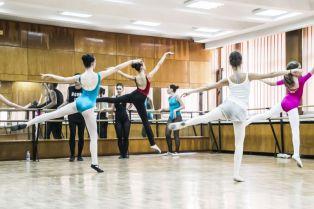 Показваха танцови техники в Перник