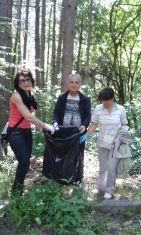 Дамите от женската структура на ГЕРБ-Перник и общински съветници се включиха в инициативата