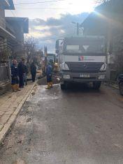 Водопроводчици от Благоевград дойдоха да кърпят ВиК мрежата, чакаме техни колехи от Враца и Стара Загора