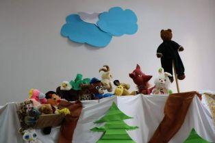 Антикорупцията в детските градини започна с куклен театър