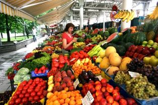 Проверяват борсите за плодове и зеленчуци