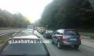 Първо в Глашатай: две катастрофи на пътя за София тази сутрин