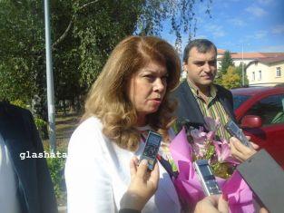Йотова в Перник: На изборите ще има балотаж