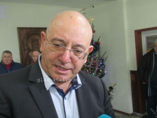 Министър Димитров в Перник за водата, рибата в Студена и боклука