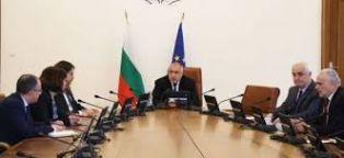 Валери Симеонов: Правителството остава начело с Борисов