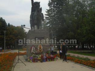 Общински съветник иска да мести паметници в Перник. Вижте каква е цената на идеята му