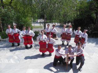 Фолклорният състав на Младежа закрива сезона на Еньовден