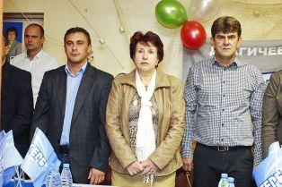 Кандидатът за кмет на Перник Вяра Церовска се срещна с жителите на с. Драгичево