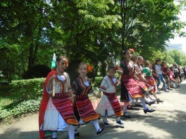 24 май- Ден на славянската писменост и  на българската просвета и култура Снимка: 2