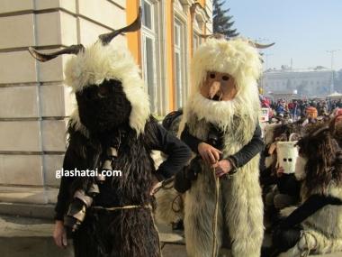 СУРВА 2018 /чуждестранни групи/ Снимка: 1